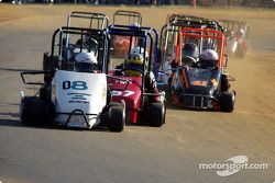 #08 Troy Martin, #57 Shane James, #42 Josh Tapscott et #04 Mark Pick