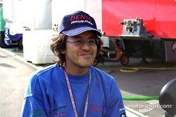 El piloto japonés, Ueda regresa tras una fractura de cadera