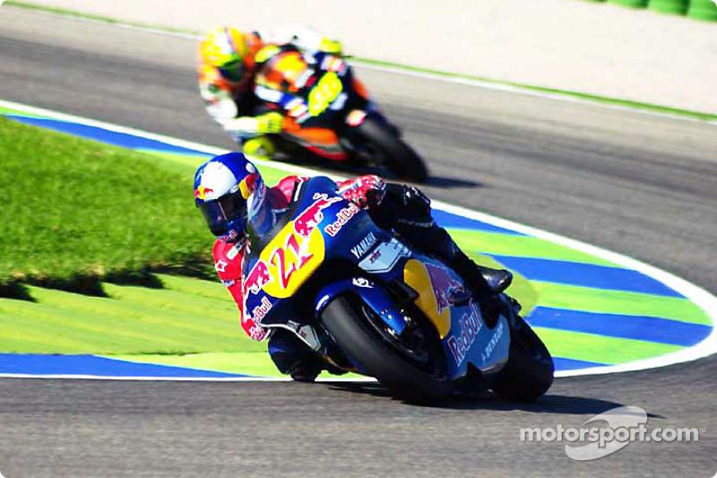 Hopkins delante de Rossi