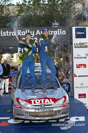 El podio: el ganador Marcus Gronholm