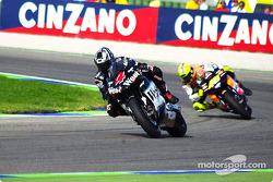 Barros delante de Rossi