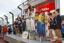 GT300 1st Nobuyuki Oyagi/Takayuki Aoki, 2nd Hideo Fukuyama/Mitsuhiro Kinoshita, 3rd Haruhiko matsumoto/Takayuki Kinoshita