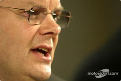 Richard Parry Jones, Group Vice Başkanı Product Development ve Head, Formula One