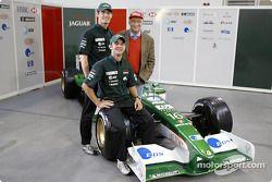 Antonio Pizzonia, Niki Lauda and Mark Webber