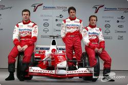 Olivier Panis, Cristiano da Matta y el piloto de pruebas Ricardo Zonta