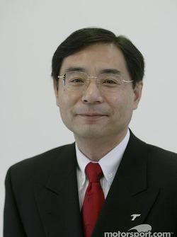 Keizo Takahashi - gerente general de desarrollo y diseño automotriz