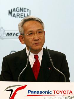 Tsutomu Tomita - Presidente ejecutivo