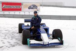 La nieve pospone la presentación del Sauber Petronas C22: Nick Heidfeld