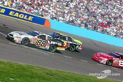 Dale Jarrett, Joe Nemechek y Dale Earnhardt Jr.