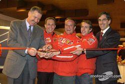 Luciano Burti, Rubens Barrichello y Luca Badoer en la inauguración de los eventos