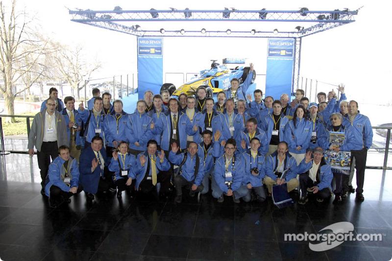 Sesión de fotos con el nuevo Renault F1 R23