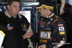 Jerry Nadeau discusses with crew chief Ryan Pemberton
