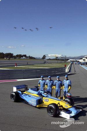 Jarno Trulli, Fernando Alonso, Allan McNish, Franck Montagny ve French air force flyover