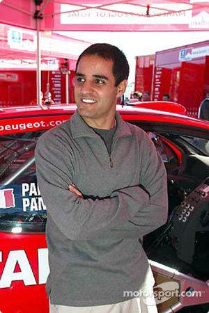 Juan Pablo Montoya visita el World Rally Championship