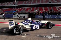 Juan Pablo Montoya tests the new BMW Williams F1 FW25