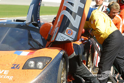 Pitstop for #24 Perspective Racing Mosler MT900R: Jérôme Policand, Michel Neugarten, Andy Wallace, Joao Barbosa