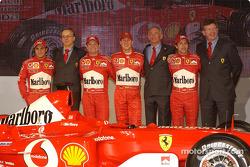 Paolo Martinelli, Rory Byrne, Ross Brawn, Felipe Massa, Luca Badoer, Michael Schumacher y Rubens Bar