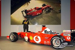 Ross Brawn ve yeni Ferrari F2003-GA