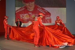 Jean Todt, Felipe Massa, Luca Badoer, Michael Schumacher and Rubens Barrichello unveil the new Ferra