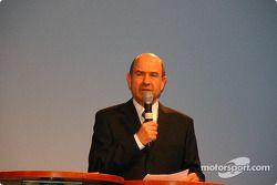 Peter Sauber en el escenario