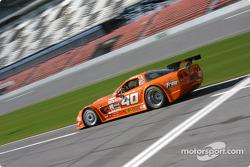 #40 Derhaag Motorsports Corvette: Justin Bell, Derek Bell, Simon Gregg, Kenny Wilden on pit road