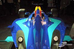 Cubierta del motor del nuevo Sauber Petronas C22