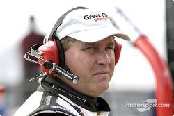 Gary Clem, piloto del transportador de Great Clips y el #38 del piloto Kasey Kahne