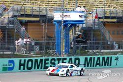 #59 Brumos Racing Porsche Fabcar: Hurley Haywood, J.C. France takes the checkered flag