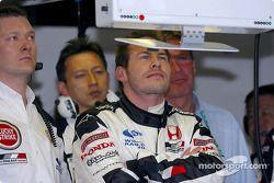 Jacques Villeneuve watches qualifying session