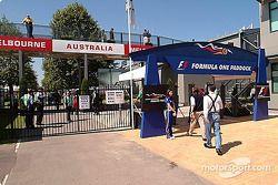 Entrada al paddock en el Circuito de Albert Park