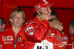 Michael Schumacher celebra su pole position