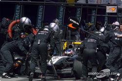 Arrêt au stand pour Kimi Räikkönen