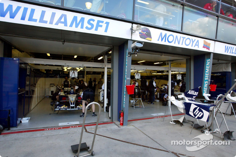 Area de pits de Williams