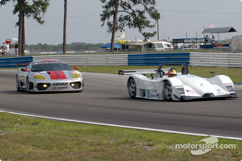 #18 Marshall Cooke Racing Lola B2K/40: Melanie Paterson, Jason Workman