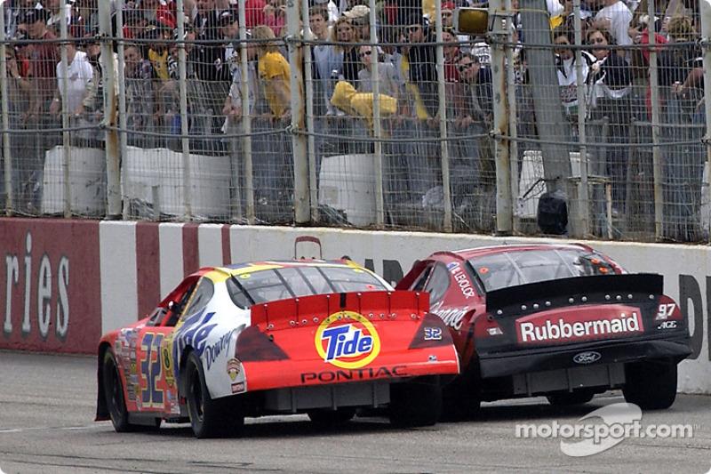 4) 0s0026, Ricky Craven (EUA), Carolina (EUA), Nascar, 2003. 2º: Kurt Busch