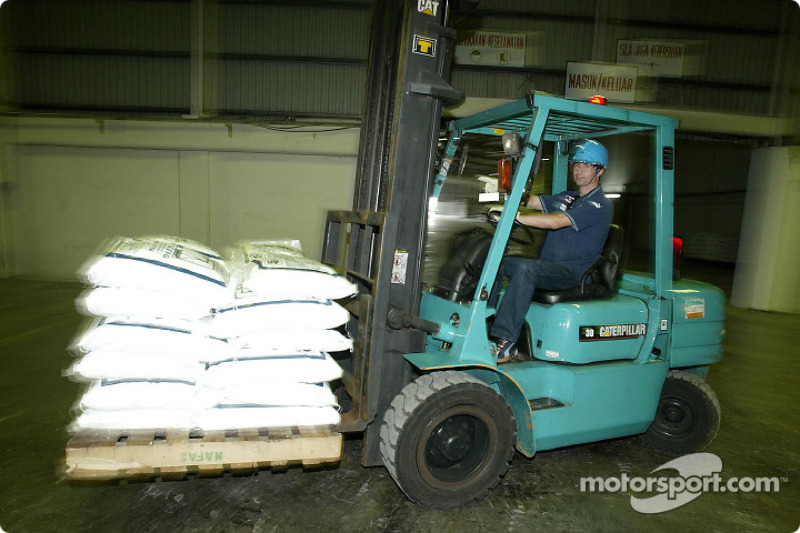 Visita a la planta del Fertilizante Petronas: Heinz-Harald Frentzen