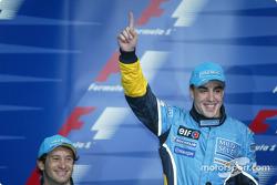 Press conference: pole winner Fernando Alonso celebrates