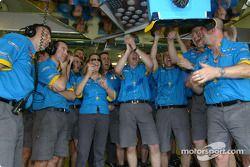 Renault F1 takım elemanları celebrate Pole: position ve first row