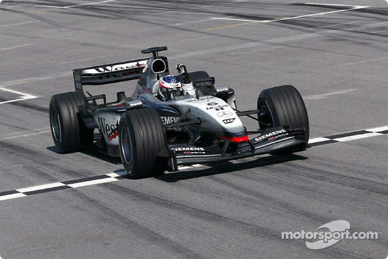 2003: McLaren MP4-17D