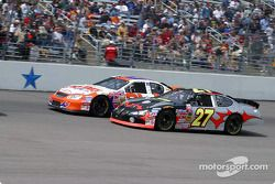 Johnny Sauter y Chase Montgomery
