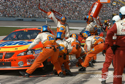 Pitstop for Ricky Craven