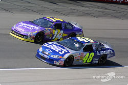Jimmie Johnson y Larry Foyt