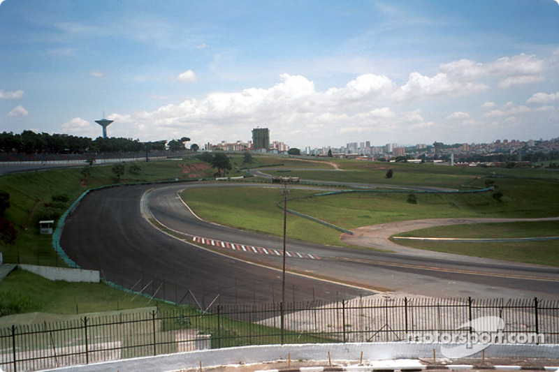 Laranga, Pinheirinho, Surida, far left front straight