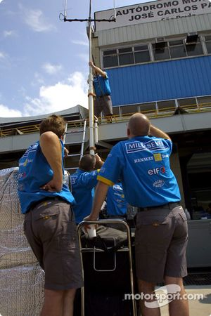 Renault F1 pitlane installation