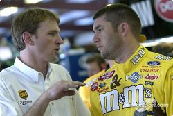 Elliott Sadler discusses with engine builder Doug Yates