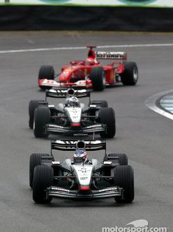 Kimi Raikkonen y David Coulthard