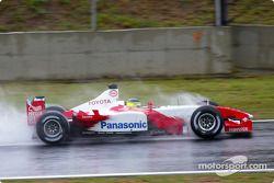 Cristiano da Matta, Toyota, se rend sur la grille de départ