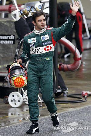 Antonio Pizzonia queda fuera de la carrera