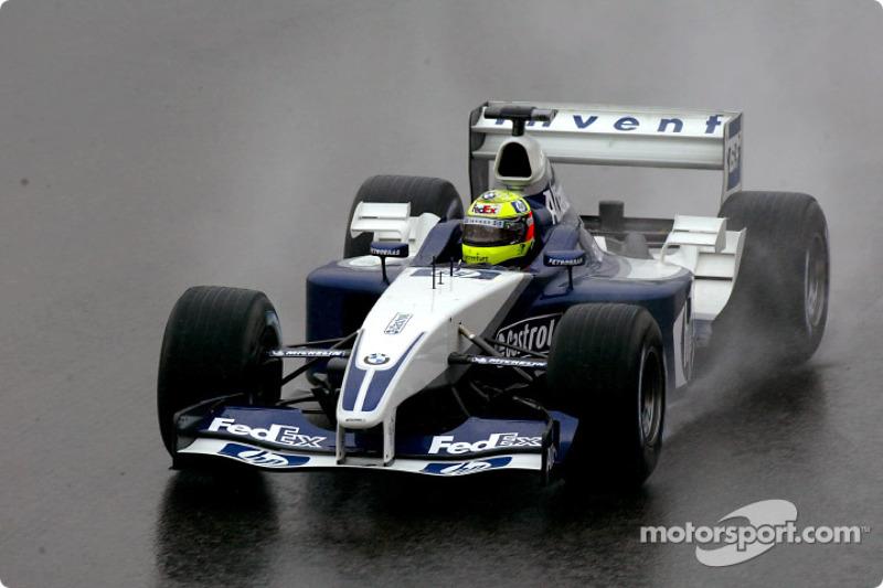 Ralf Schumacher se rend sur la grille de départ