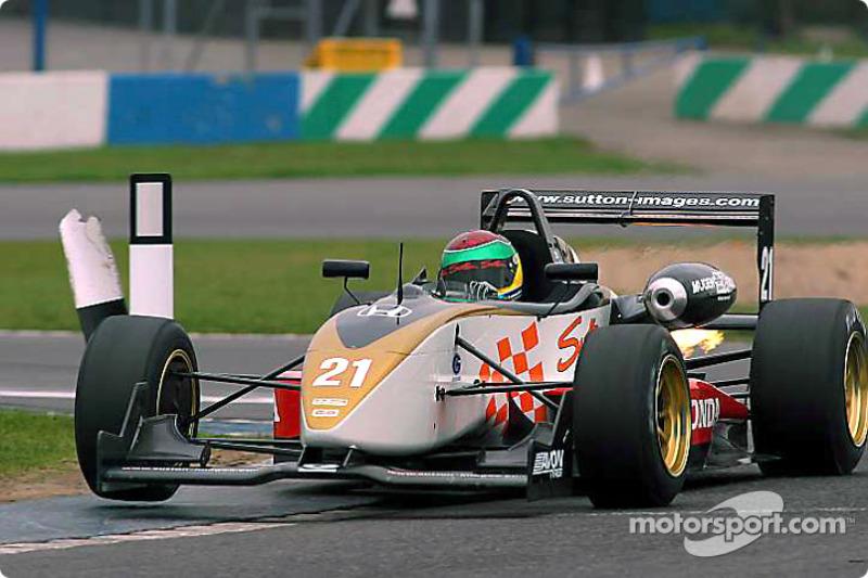 Alan van der Merwe leads the way